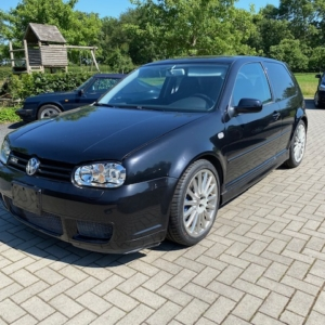 Volkswagen Golf R32 2003