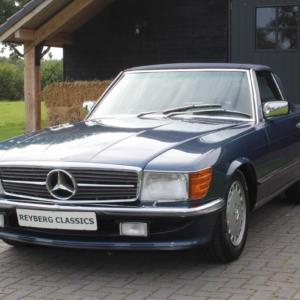 Mercedes 560 SL (r107) Nautical blue 1988